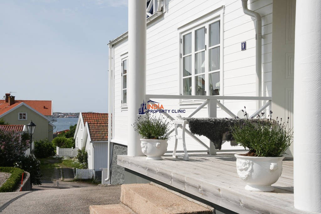 Luxury 9 room Detached House for sale in Fiskebäckskil