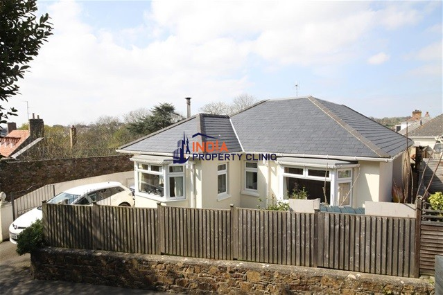 Bungalow For Sale in St Saviour