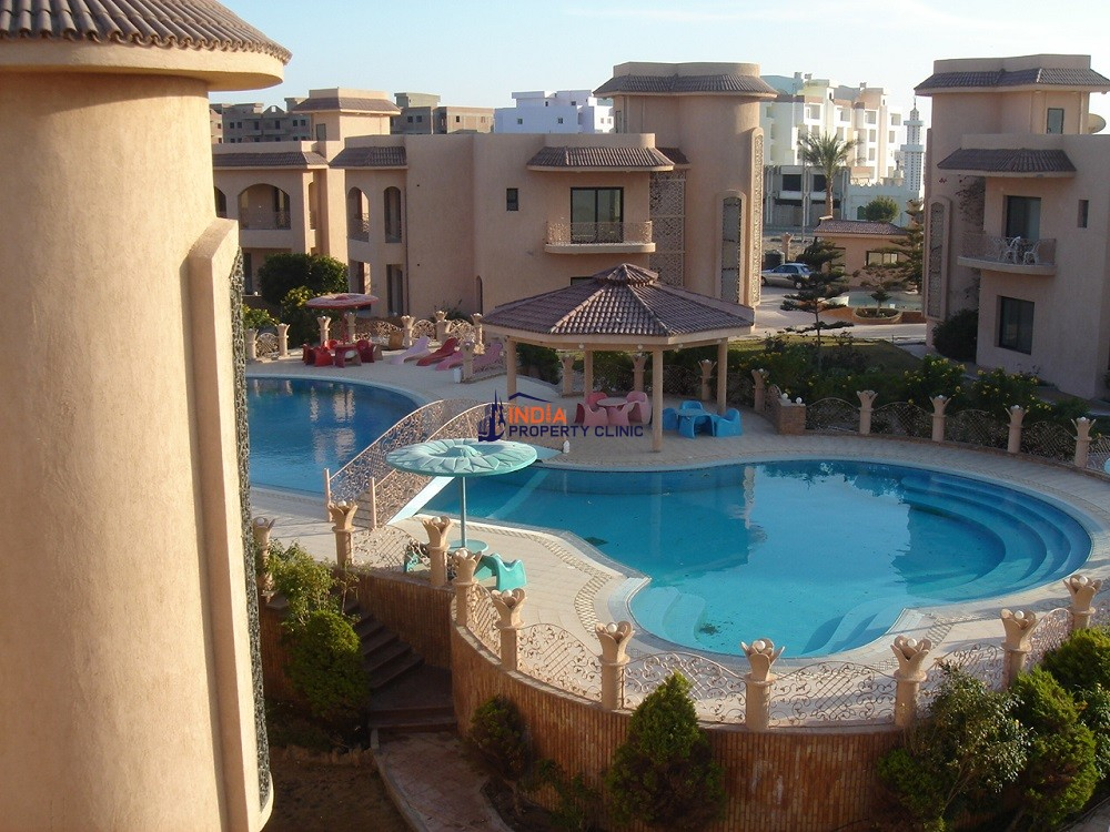 7 room luxury Villa for sale in Al Aheya