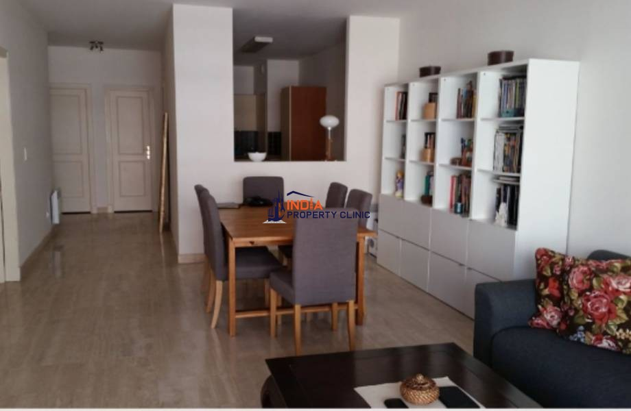 Apartment for Rent in  Condamine