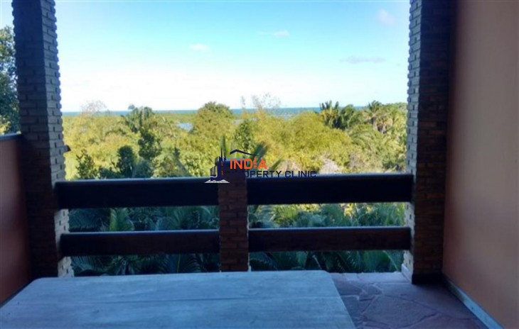House For Sale in Santa cruz