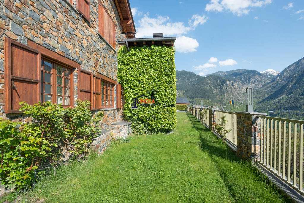 Luxury 7 bedroom Detached House for sale in Escaldes-Engordany