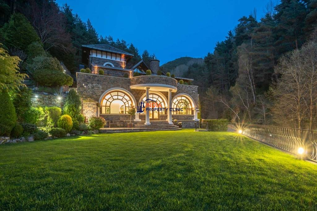 Luxury Detached House for sale in l'Aldosa