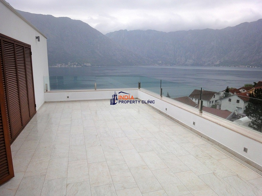 3 bedroom luxury Villa for sale in Kotor