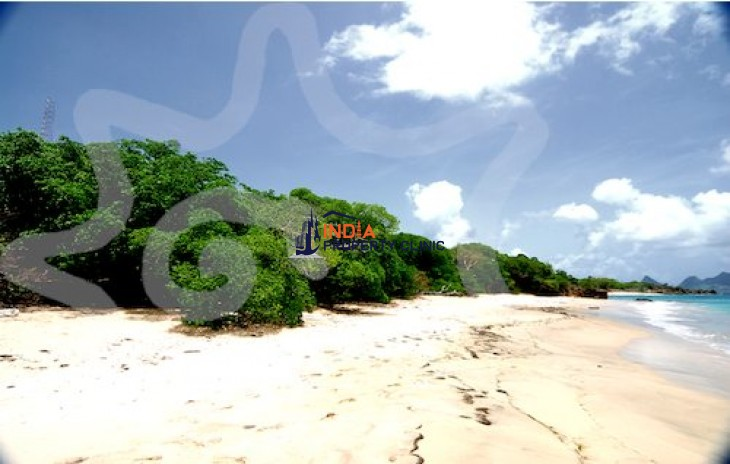 5 Acres of Land For Sale in Mayreau