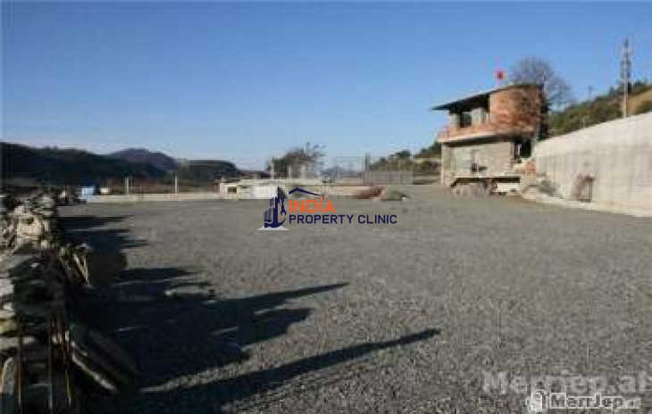 Business Terrain for Sale in Gramsh