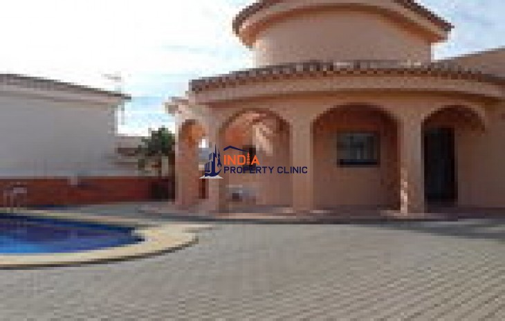 4 bedroom Villa for Sale in Los Gallardos