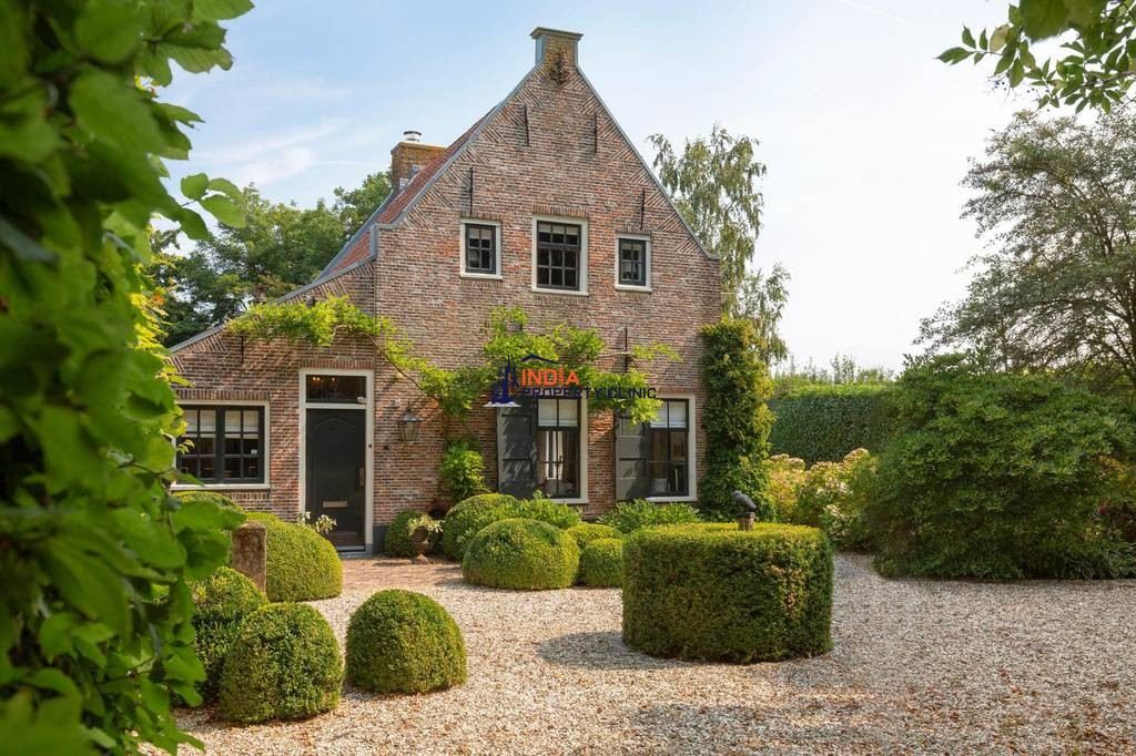 Luxury 9 room House for sale in Maarssen