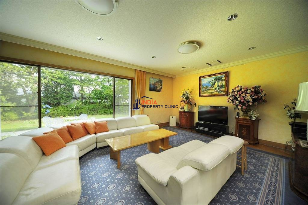Luxury 5 bedroom House for sale in Setagaya