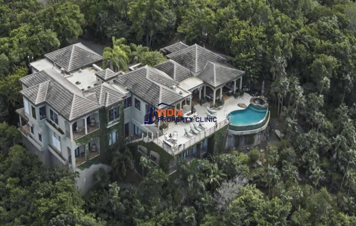 5 Bedroom Home for Sale in St Thomas