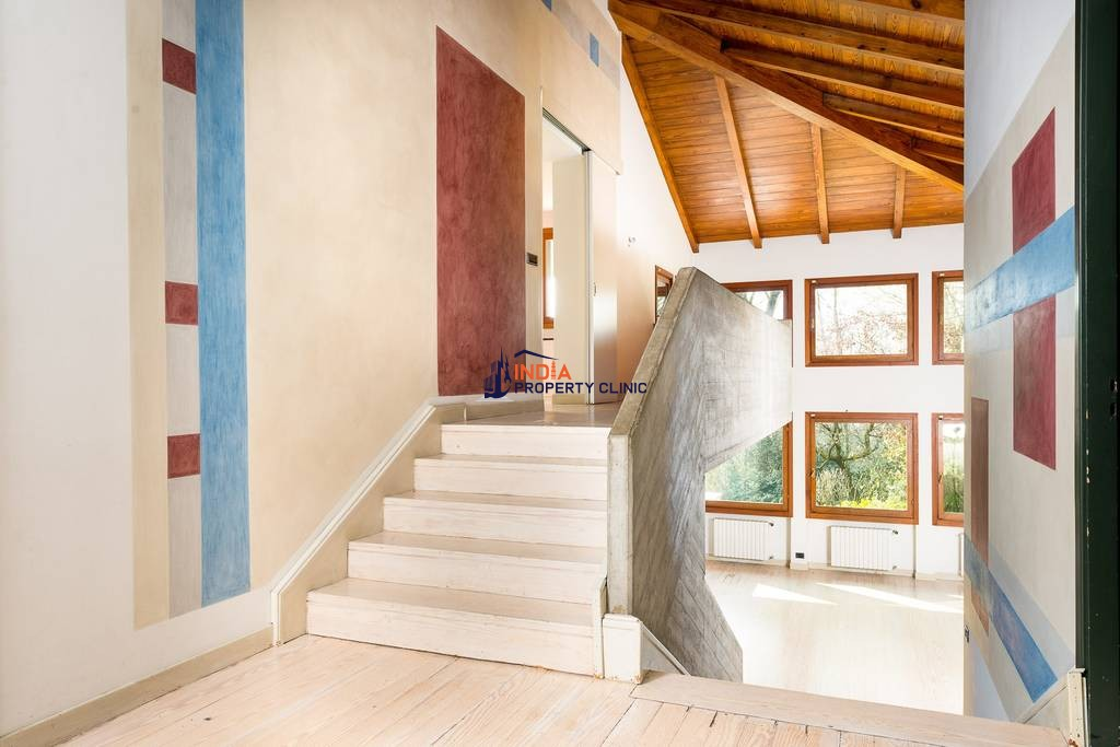 19 room luxury House for sale in Turin