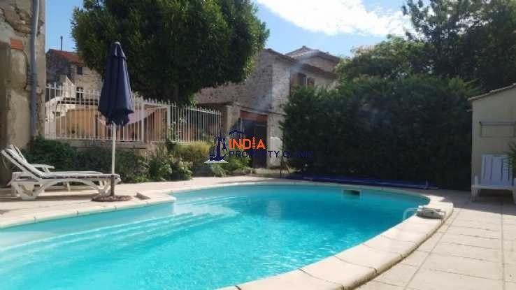 Character Home For Sale in Narbonne