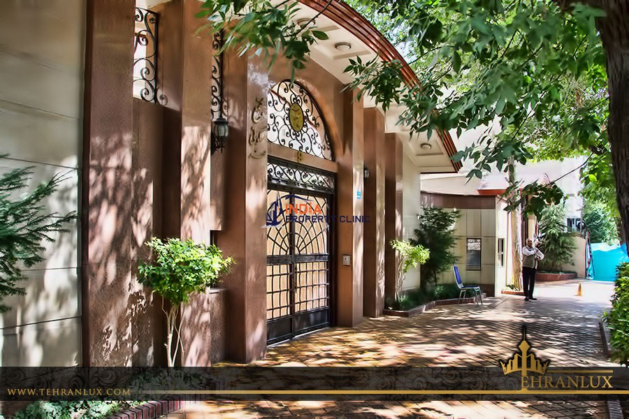 4 Bedroom Luxury apartment for sale in Fereshteh