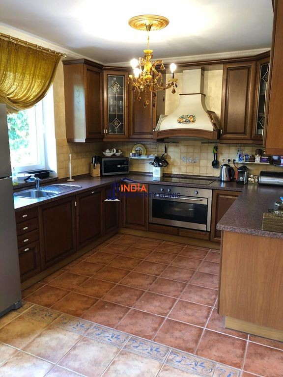 Detached House for sale in Prague