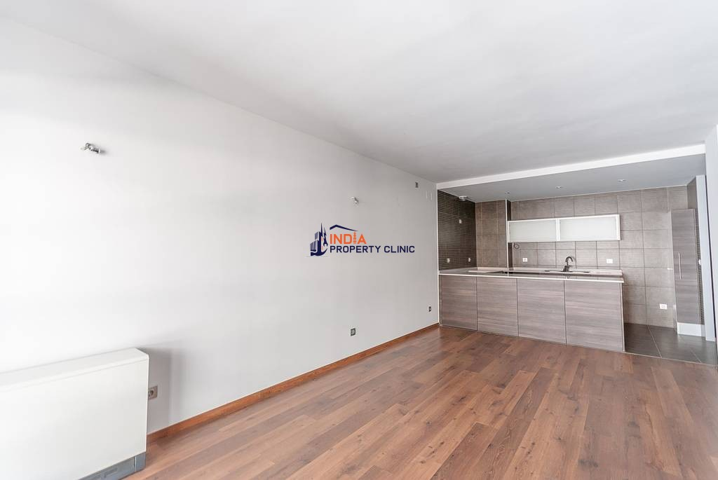 Luxury Flat for sale in Santa Coloma