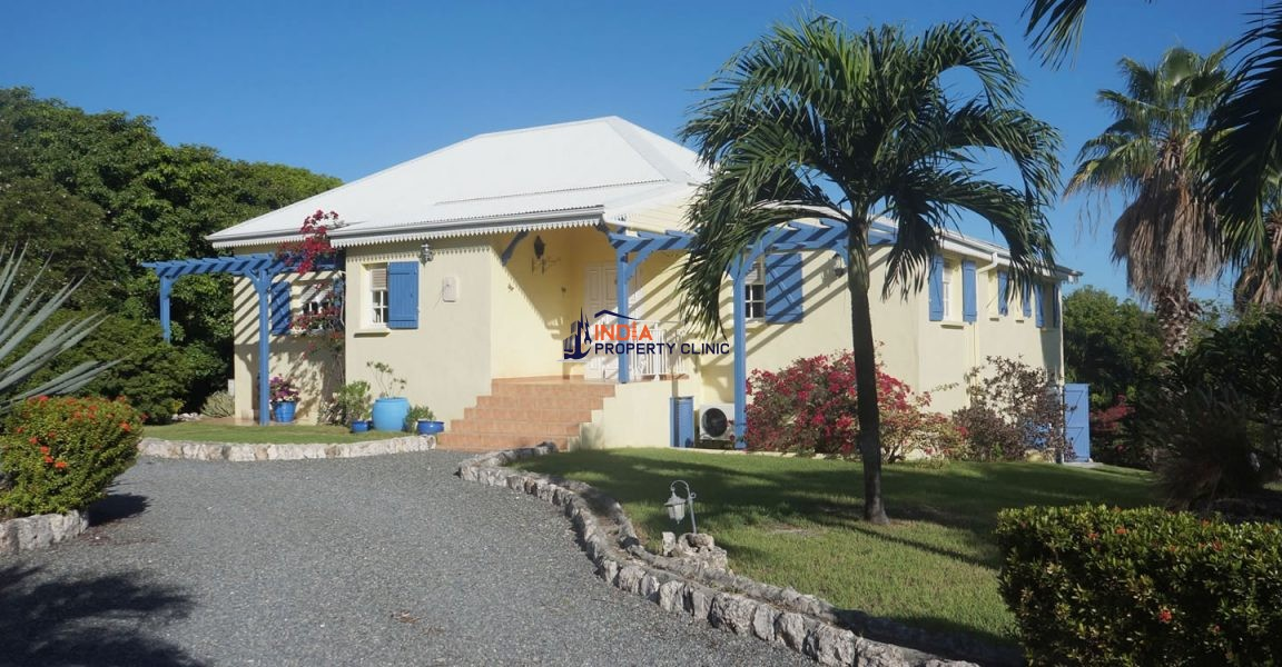 5 Bedroom Villa for Sale in Terres Basses