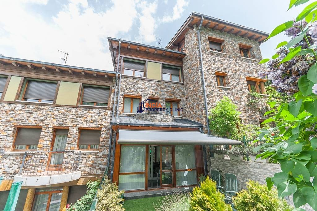 Luxury House for sale in Escaldes-Engordany