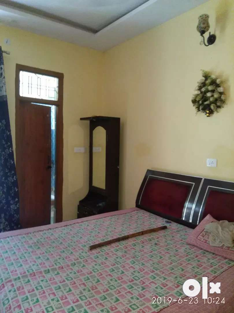 Home 100sqyd,four floors quick loan and registry