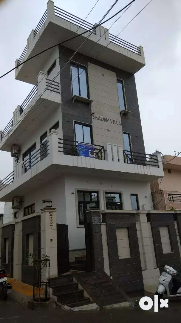 3 story house , beautifully constructed, furnished.