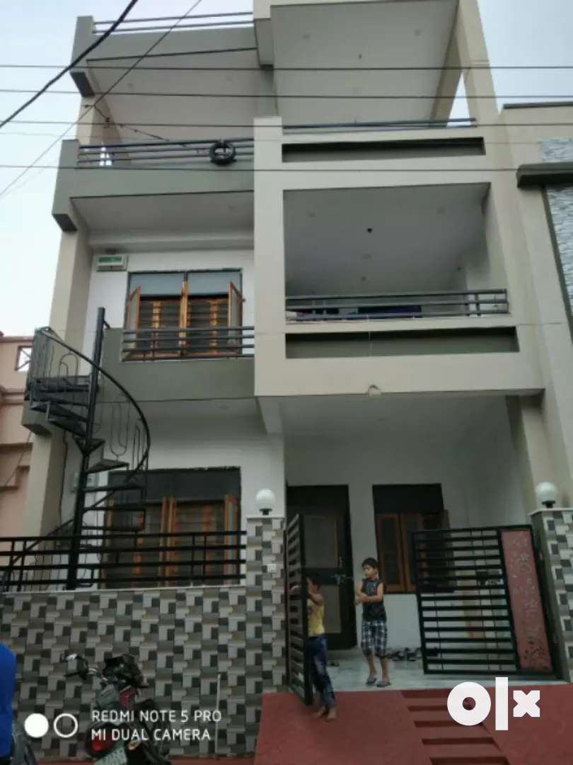 Good condition and good location in sec 6