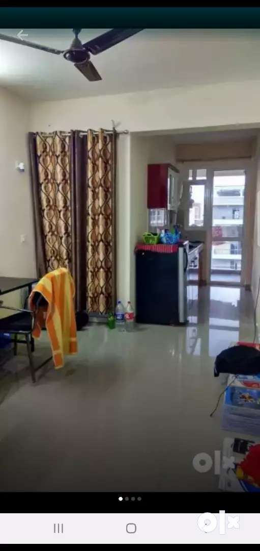Full furnished flat with ac/ water ro / bed / table / chair / freedge