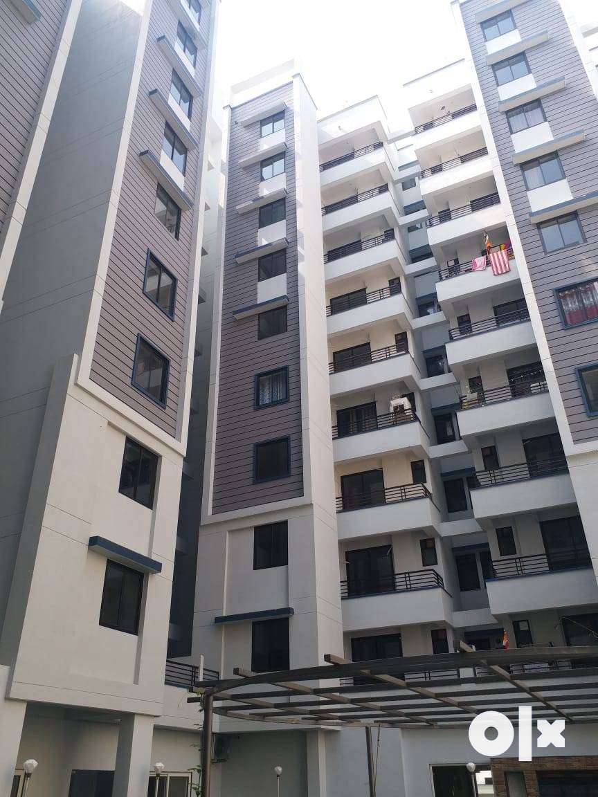 100% lonable flats for sale