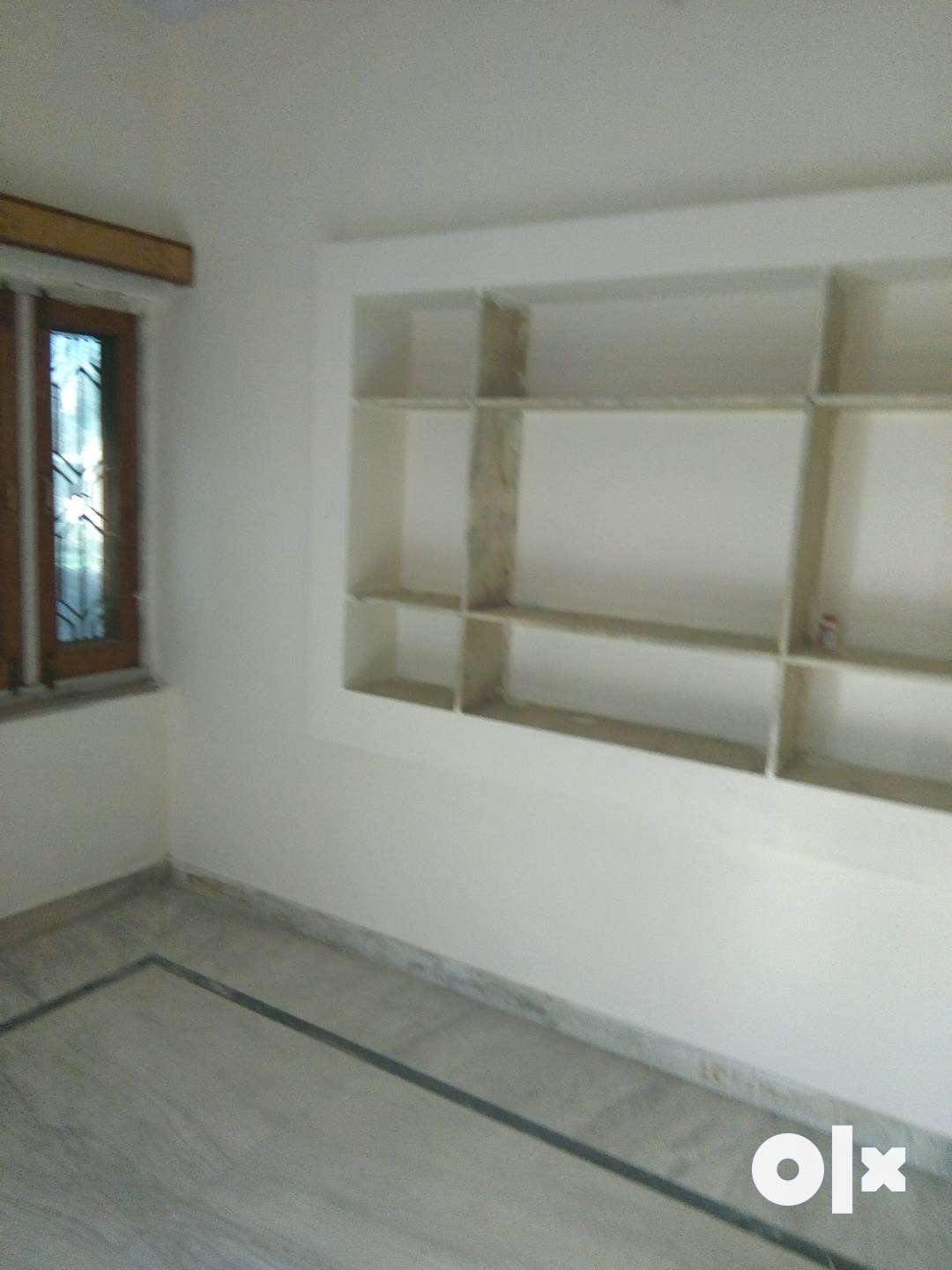 2 bhk house available in BK kaul