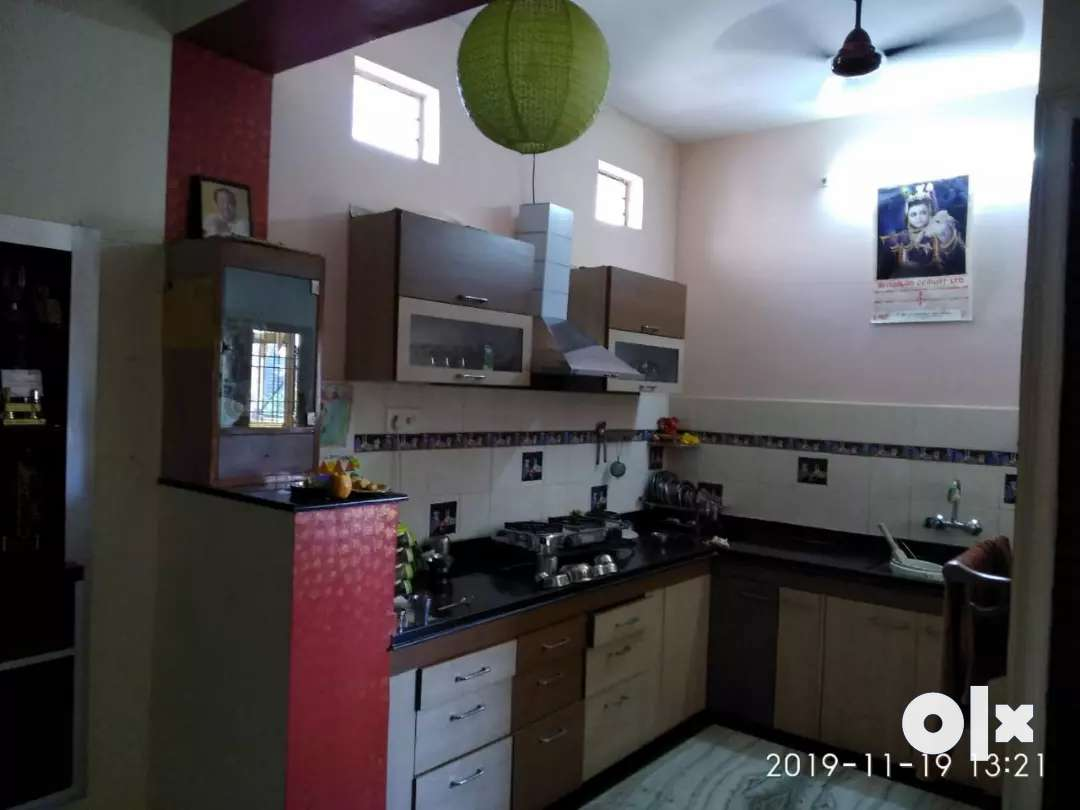Three room set , well furnished,  centrally aircooled portion for rent