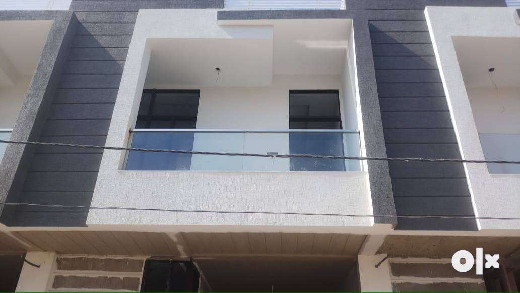 Ultra luxurious 90% lonable 3 bhk duplex villa