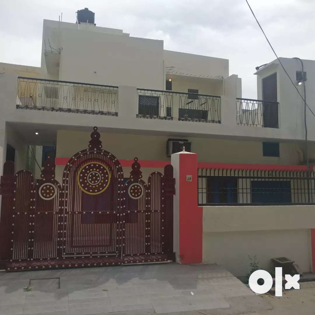 House on rent semi furnished