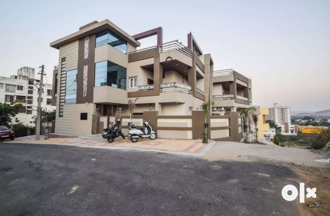 1BHK  fully furnished   sector 14 J block goverdhan villas