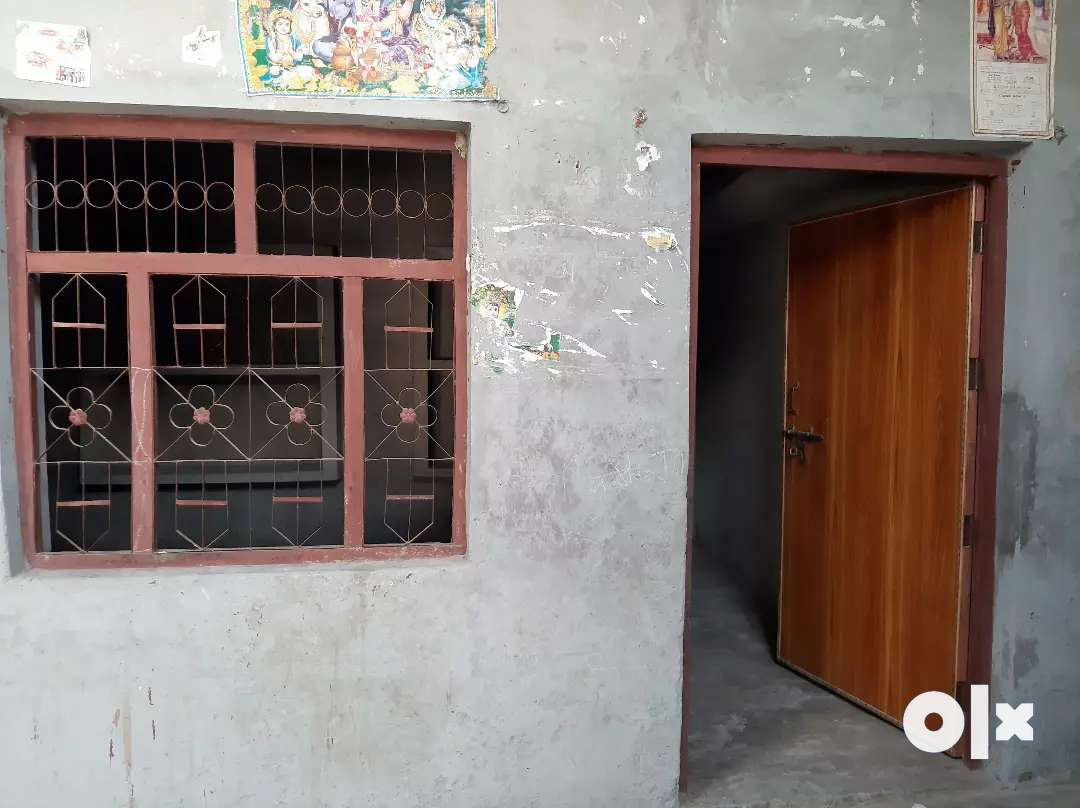 3 ROOM AWAILABLE ON RENT