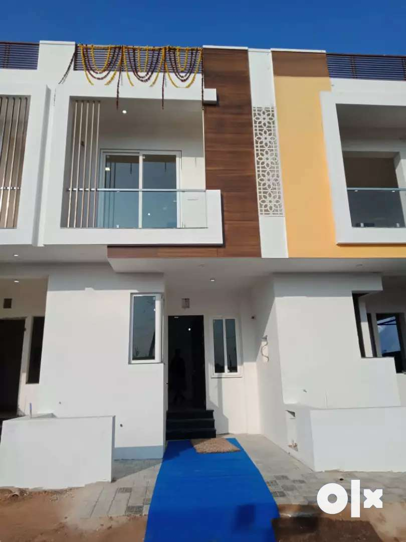 3 bhk villa in gated township with all facility
