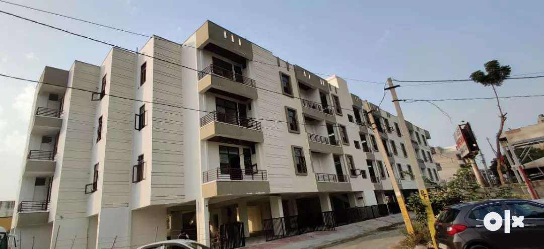 100% lonable Main highway connected luxurious flats for sale