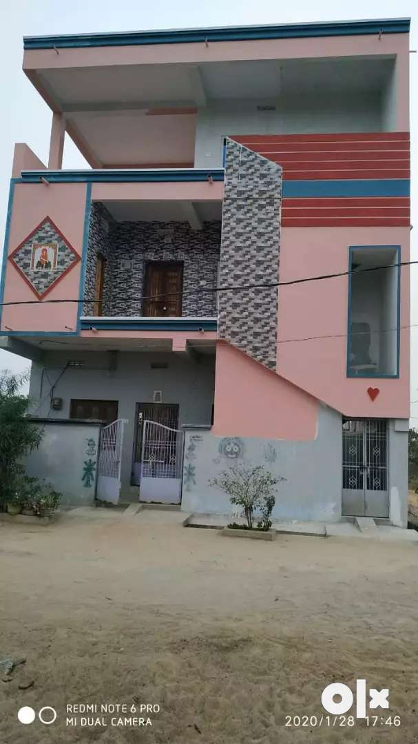 A newly built 2 bedroom house with 24 hour water facilities