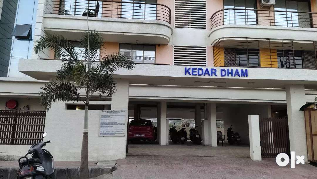 3bhk furnished flate pop courtens complate n good location rich aerea