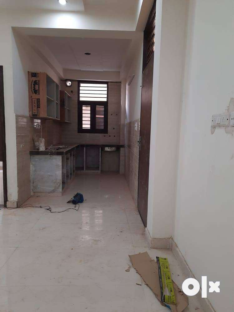 Ready to Move-in Builder Floor for Sale in Krishna Homes Sec-67 Gurgao