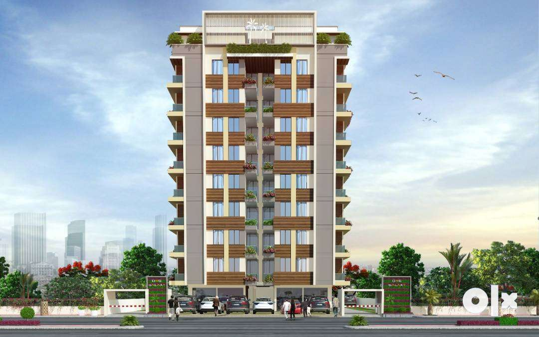 90% Lonable Luxury multistorey apartment with all amenities