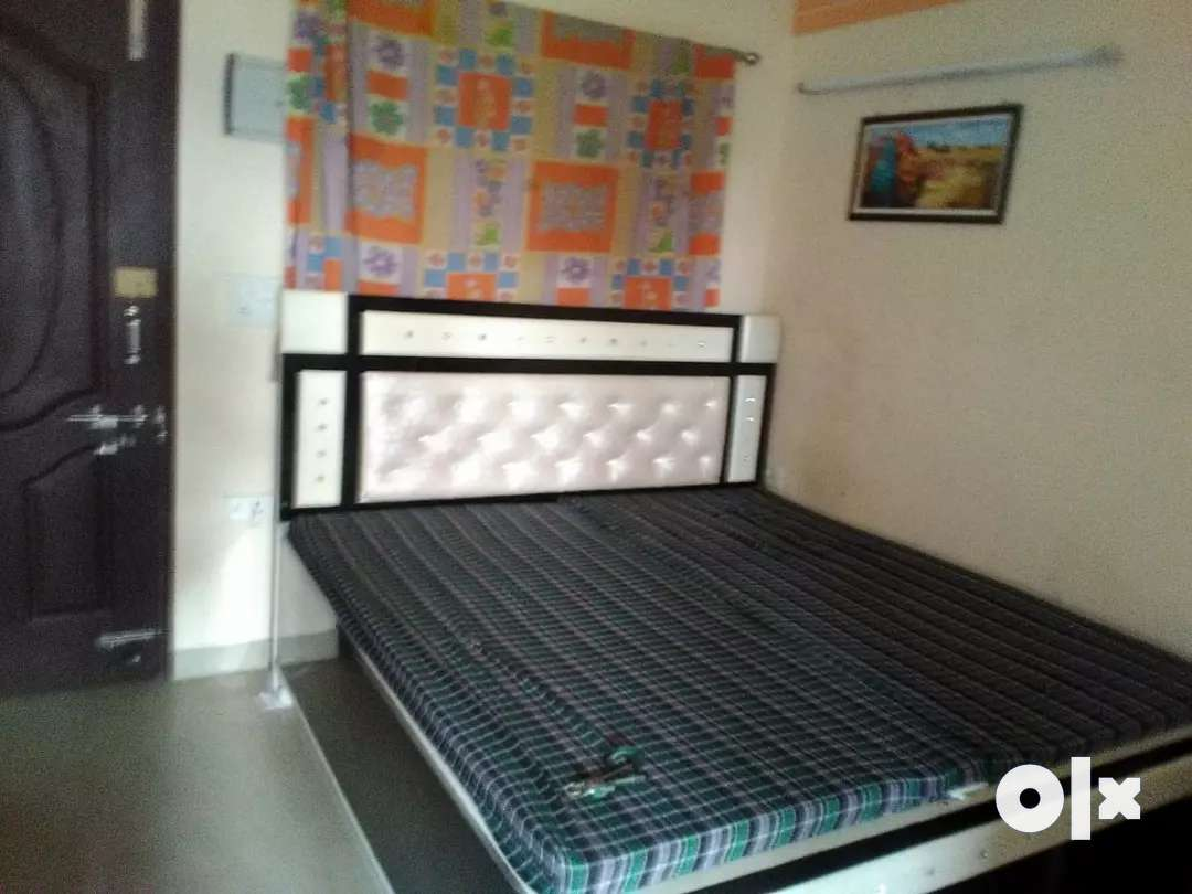 1 bhk flt for rent