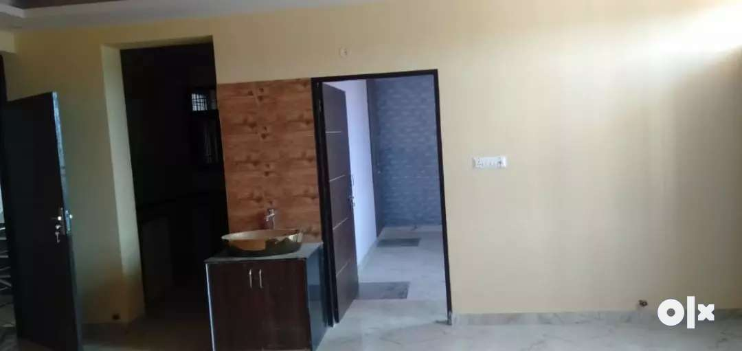 2 bhk flate in full funished prime location