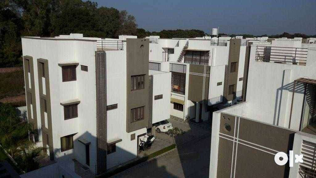 4 BHK bunglow for rent