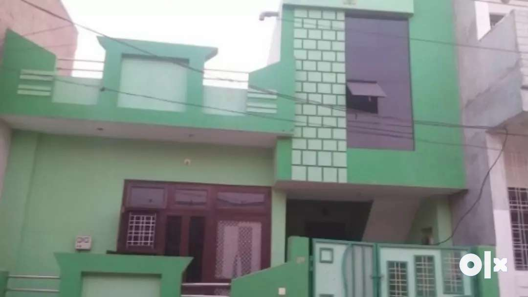 three year older house good looking. is sell on urgent need money .