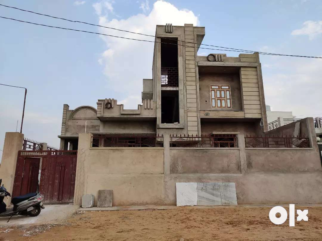 for Rent, किराए पर,Top Floor, Separate stairs, open space, newly built