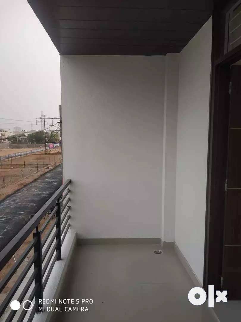 2 bhk big flats in gandhi path west jaipur