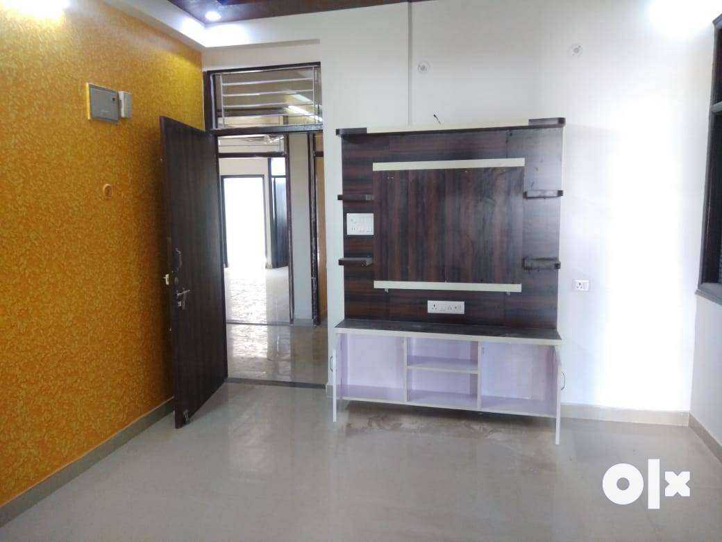 2 BHK Residential APartment Flat For Sale At Maharani Garden Road