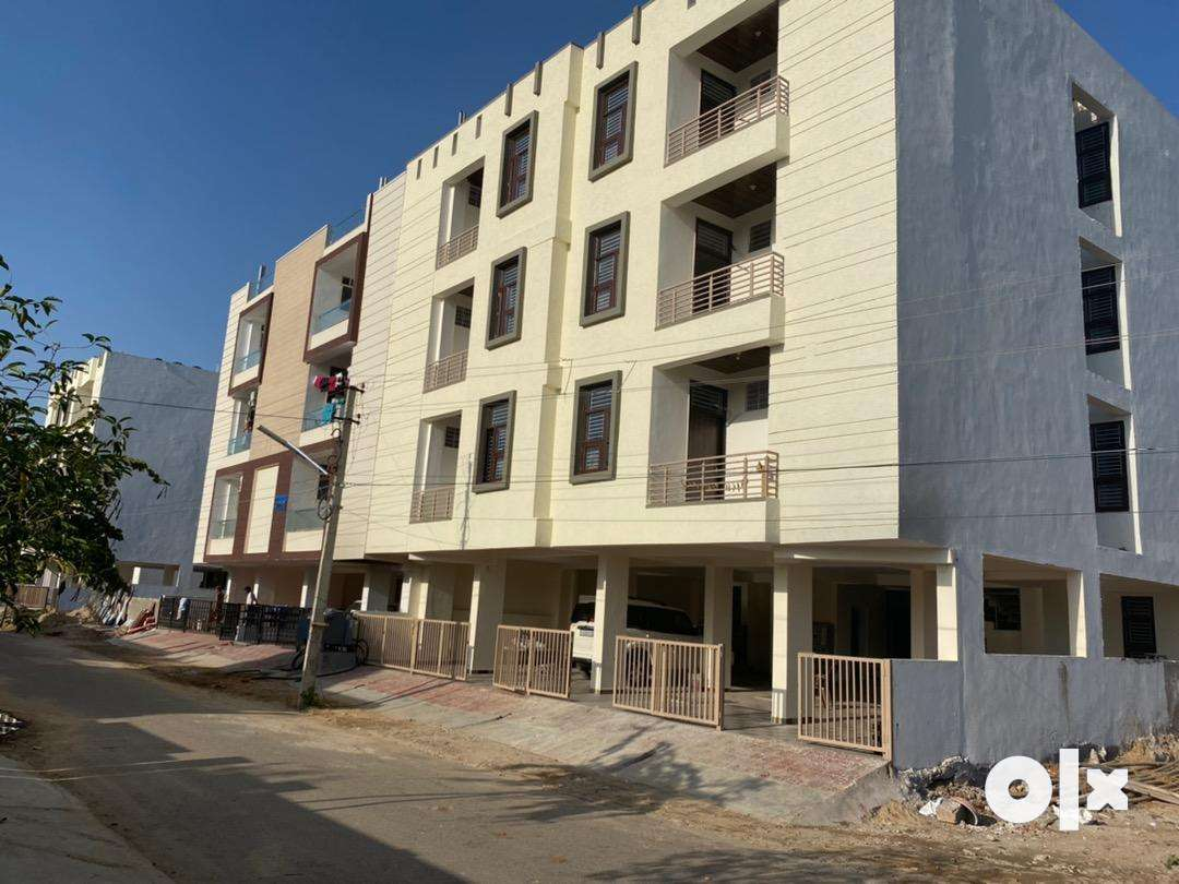 New ultra luxurious 3 bhk prime location flats