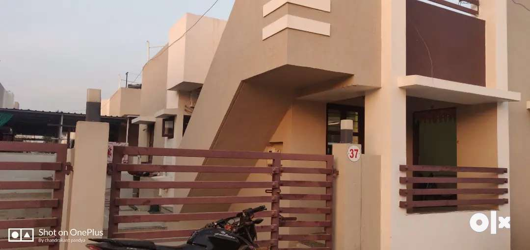 2BHK Raw House Available for Sell