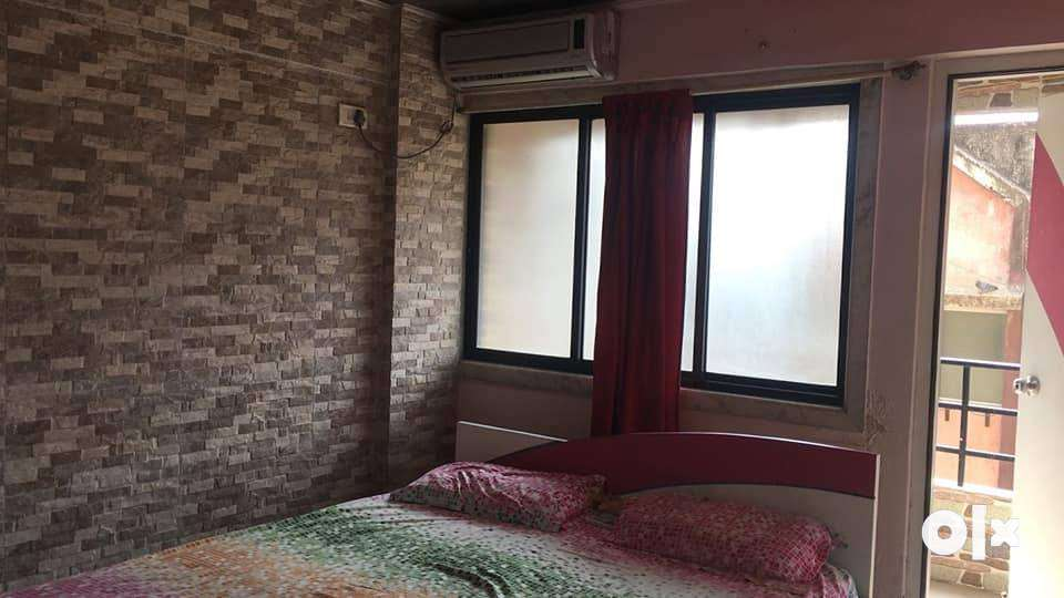 vapi gunjan nr hdfc bank. 2bhk flat for rent