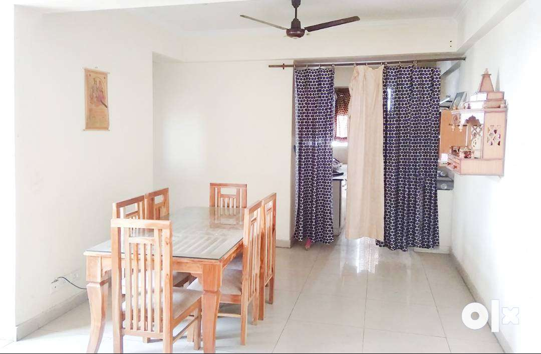3 BHK Semi Furnished Flat for rent in Crossings Republik for ₹18000, G