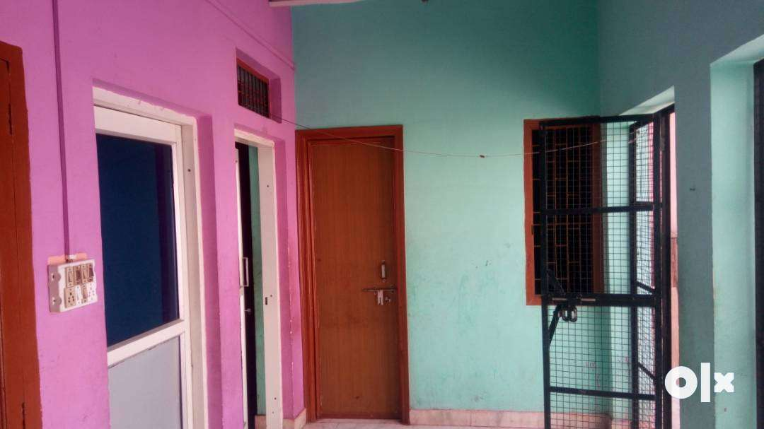 Excellent 2BHK appartment in a very affordable price with glass doors.
